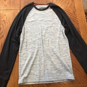 Urban Pipeline grey baseball style long sleeve